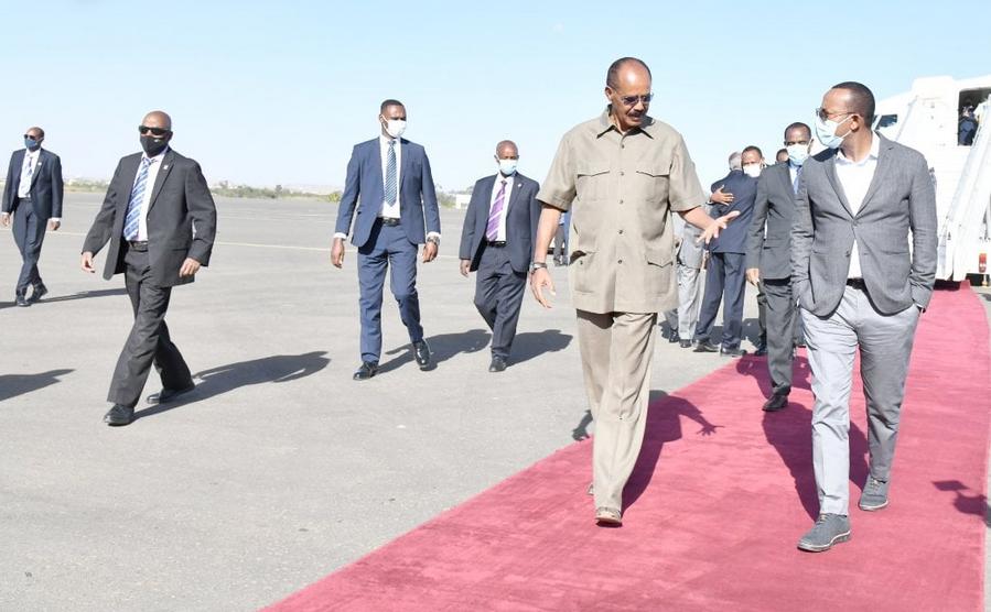 Abiy Primo Viaggio Ufficiale in #Eritrea dall' Inizio della #Guerra nel #Tigray